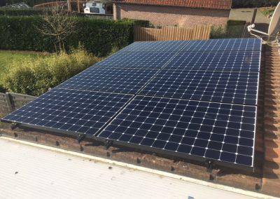 zonnepanelen Sunpower constructie schuin dak te Aarschot
